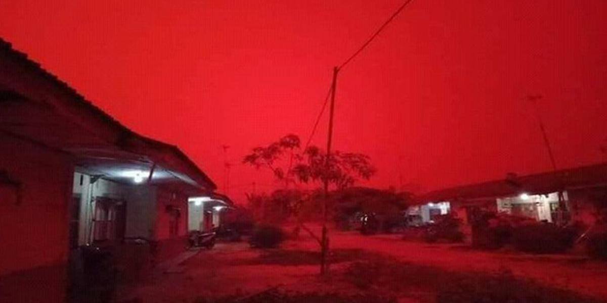 cielo-rojo-indonesia-incendios-toxico-2019