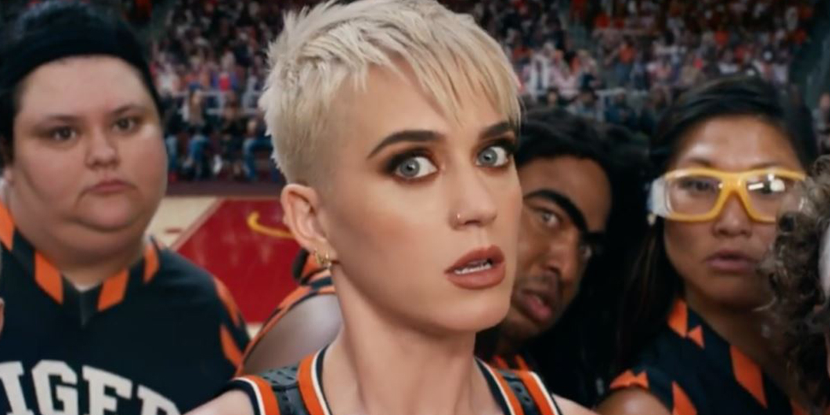 katy perry caida american idol patines 2019