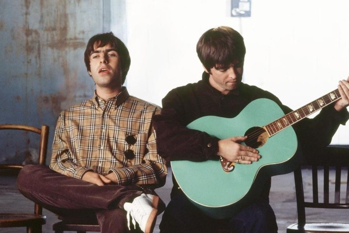oasis-track-by-track